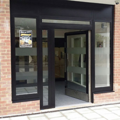 COMMUNAL ENTRANCE STEEL DOOR AND SIDE SCREENS INSTALLED IN ESSEX. SECURED BY DESIGN LPS2081 SRB