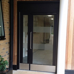 LPS1175 SR2 60-MINUTE FIRE-RATED DOOR AND SIDE PANEL. SECURED BY DESIGN