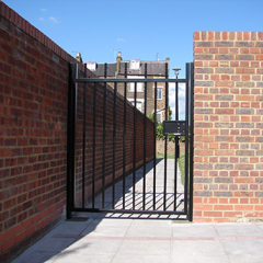 ROBUST STEEL GATE INSTALLED IN LONDON