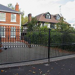STYLISH HIGH SECURITY STEEL GATES FOR HOME PROTECTION