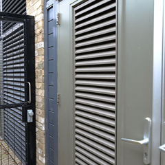 STEEL DOORS INCORPORATING LOUVRES. PAS24 AND SBD CERTIFIED. LPS1175 SR2
