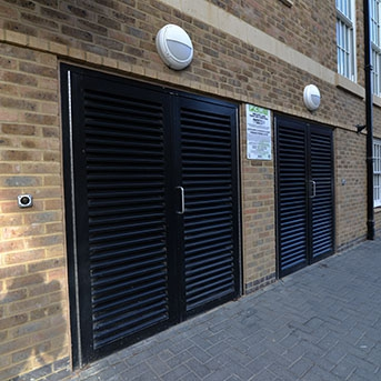 DOUBLE STEEL LOUVERED DOORS. PAS24 AND SBD CERTIFIED. LPS1175 SR2